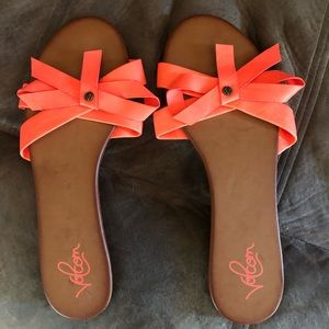 Women's Volcom Sandals Size 9 NEW